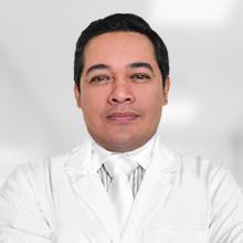 Dr. César A. Calderón Alfaro