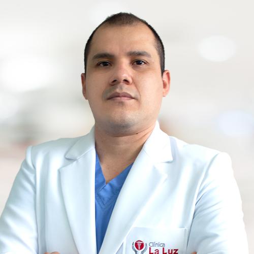 Dr. Neyel Cáceres